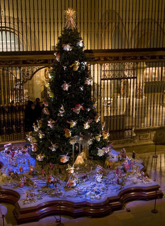 Met Museum Tree and Creche