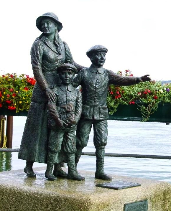 Estatua de Annie Moore, Condado de Cork, Irlanda