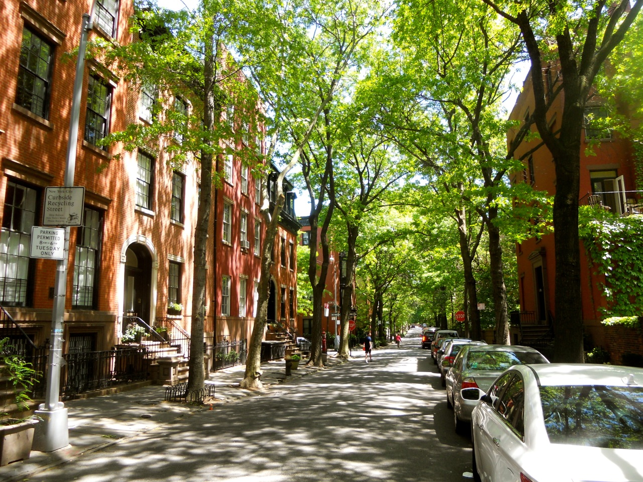 a stroll through brooklyn heights. Black Bedroom Furniture Sets. Home Design Ideas