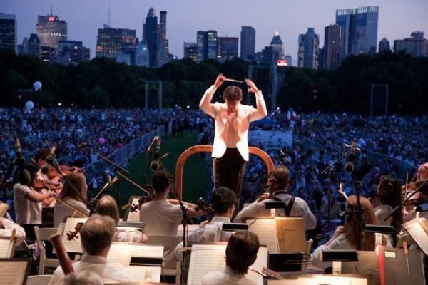 Alan Gilbert & NY Phil Photo:Chris Lee