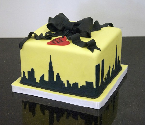 NYC Birthday cake