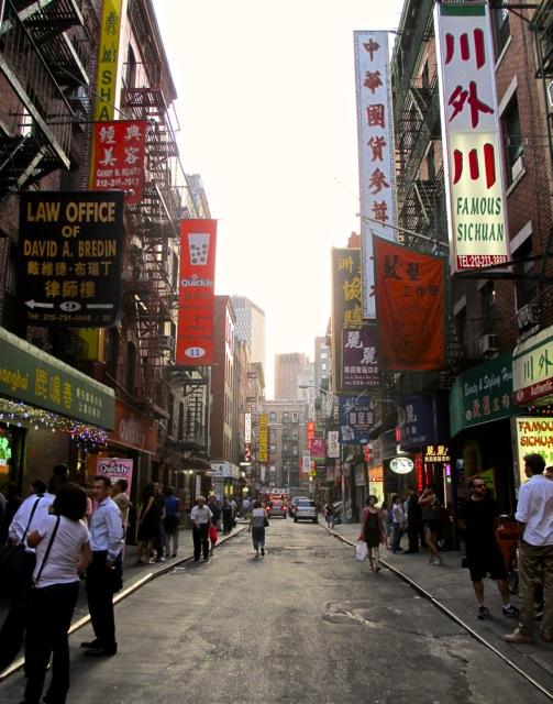 Pell St., Chinatown