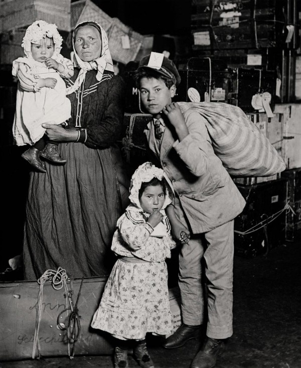 Italian Immigrants Ellis Island
