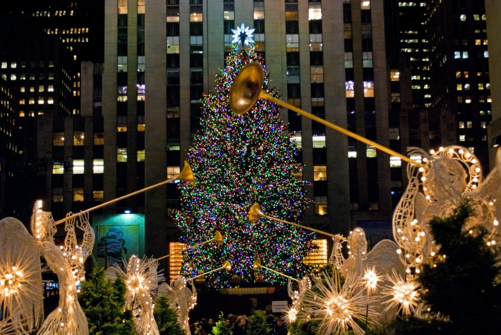 Christmas in New York City - Christmas In NYC: A Survival Guide To The New York Holidays - Walks