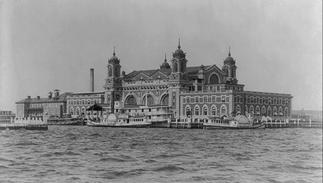 Ellis Island Food Places